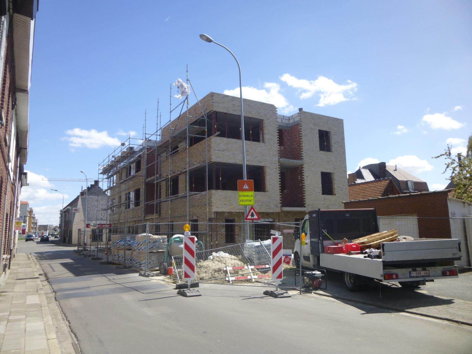 http://www.cokelaerebouwteam.be/wp-content/uploads/2015/04/project_nieuwbouw_appartementen_bouw_cokelaerebouwteam_2.jpg